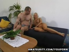 sexy dilettante girlfriend homemade act with