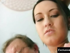 carmen receives her cunt gaping by old doctor