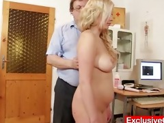 jennifer slit speculum scrutiny at hospital by