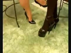 beauty rub teachers feet d57
