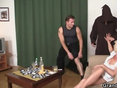 trio fucking with old wench