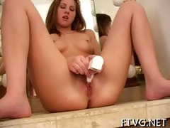girl&#730 s well masturbation