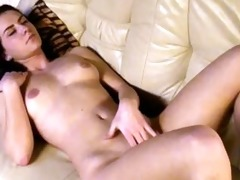 masturbating romanian callgirl